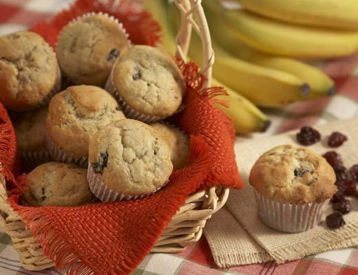 BlogPost_10WaystouseCherries_Banana_Cherry_and_White_Chocolate_Cupcakes