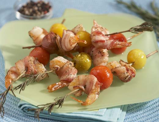 MemorialDayWeekend_2_Rosemary_Skewered_Bacon_Wrapped_Shrimp